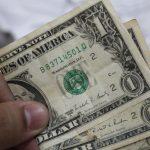 o-dolar-segue-acima-dos-r-500-750×500.jpg