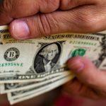 o-dolar-segue-acima-dos-r-500-2.jpg